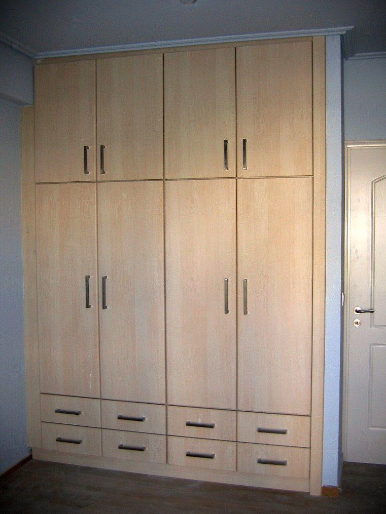 Πλήρως εντοιχιζόμενη ντουλάπα με συρτάρια εξωτερικά κάτω για εύκολη χρήση.Χρώμα σημύδα λευκή.